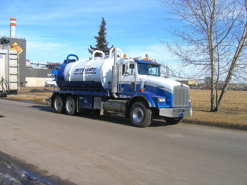 edmonton hydro excavation truck