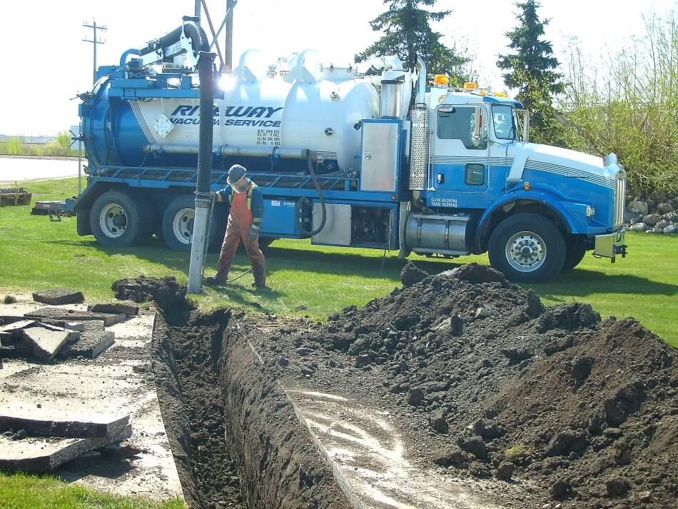 hydro vac truck edmonton safely daylighting underground services